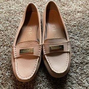 Super comfy pinky beige Calvin Klein Loafers
